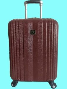 """Travelers TPRC luggage 20""""Expandable Carry-on."""
